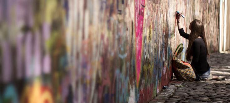 Nejspíš každý z nás ví, kde je v Praze Lennonova zeď. Pokud někdo neví, tak se nachází na Velkopřerovském náměstí na Malé Straně. Zeď patří maltezským rytířům, jelikož se za […]
